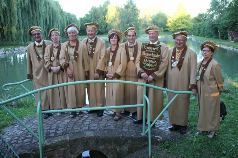 La Confrérie du véritable Flammekueche d'Alsace : le gardien de la tradition