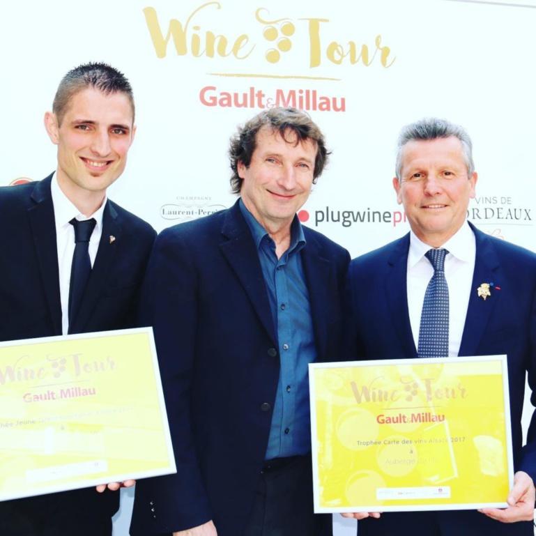 Jeune talent sommelier du Gault et Millau en 2017. Un pris remis par Serge Dubs et Marc Esquerré ©Sandrine Kauffer-Binz