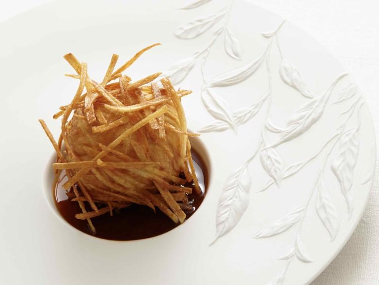 Truffe en croûte de pomme de terre ©Lukam